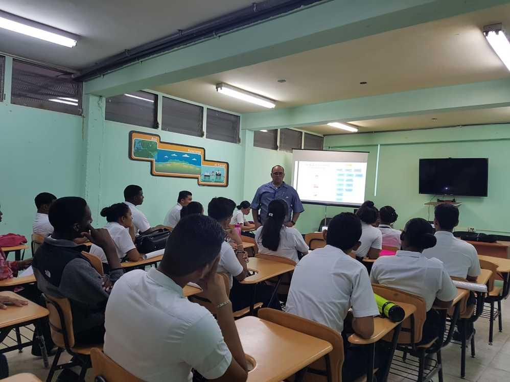 Imagen de portada El ITSE visita escuelas del país