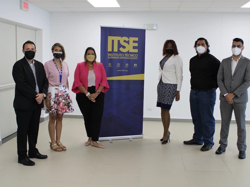 Imagen de portada Ayudinga y el ITSE crearán sinergias para impulsar el conocimiento en matemáticas y ciencias espaciales