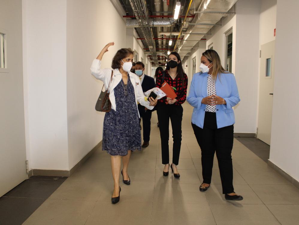 Imagen de portada El ITSE recibe a la embajadora de Brasil, estrechando lazos de cooperación educativa