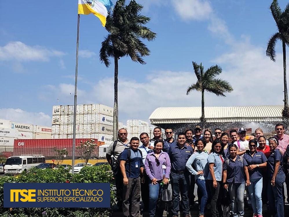 Imagen de portada Instructores del ITSE visitan el Puerto de Manzanillo